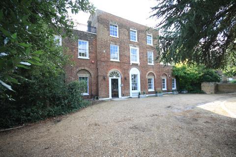 3 bedroom ground floor flat to rent - Grotes Buildings, Blackheath SE3