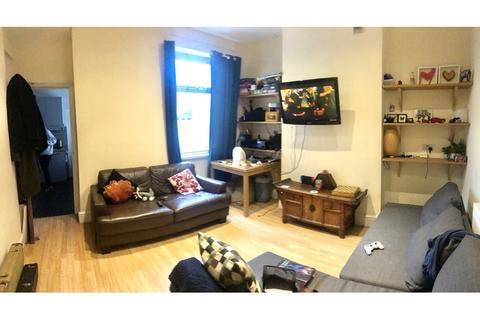 5 bedroom terraced house to rent - Keppoch Street, Roath, Cardiff
