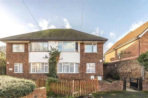 2 bedroom maisonette for sale - Whitehall Close, Uxbridge, Middlesex, UB8