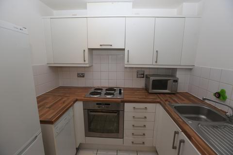 1 bedroom flat to rent - Wooldridge Close, TW14