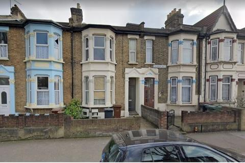 2 bedroom flat to rent - claderon rd  E11
