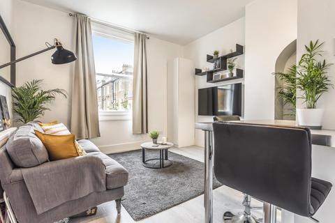 1 bedroom flat - Sinclair Road, West Kensington