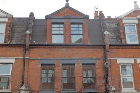 2 bedroom apartment to rent - Tottenham Lane, Crouch End, N8