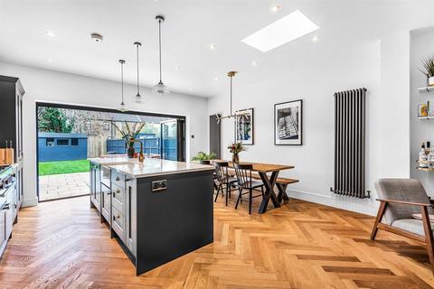 3 bedroom terraced house for sale - Glenfarg Road, London, SE6 1XJ