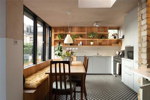 3 bedroom apartment for sale - Merritt Road, Brockley, London, SE4