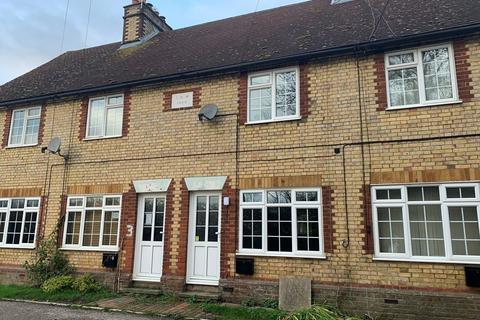 3 bedroom terraced house to rent - Chart Hill Road, Chart Sutton