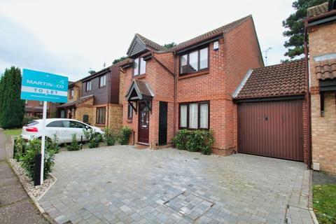 3 bedroom link detached house to rent - Douglas Walk, Chelmsford