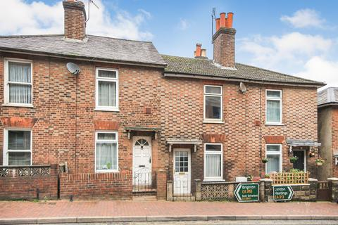2 bedroom terraced house to rent - Victoria Road, Tunbridge Wells