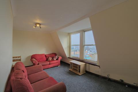 3 bedroom apartment for sale - Seagate, Dundee