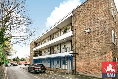 Studio for sale - Somerford Grove Estate, London, N16