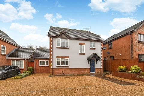 3 bedroom detached house for sale - Lodsworth Close, Clanfield