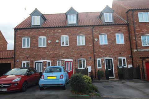 3 bedroom townhouse for sale - 19 Garbsen Court, Worksop