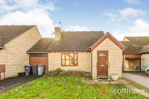 2 bedroom semi-detached house to rent - Schofield Avenue, Witney