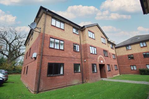 1 bedroom apartment - Longmere Road, Crawley