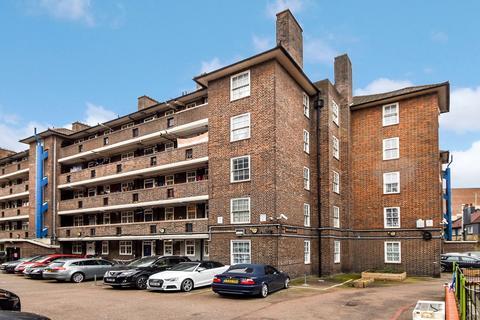 1 bedroom flat - Bracken House, Bow E3
