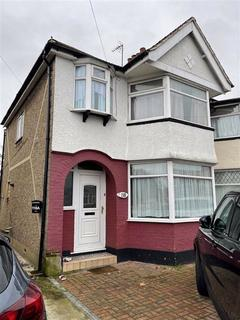 3 bedroom end of terrace house to rent - Galliard Road, London