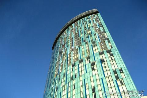 2 bedroom flat for sale - Beetham Tower, 10 Holloway Circus Queensway, Birmingham City Centre, B1 1BA