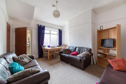 4 bedroom terraced house to rent - £70pppw - Warwick Street, Heaton, Newcastle Upon Tyne