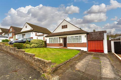 2 bedroom detached bungalow for sale - Upper Pines, Banstead