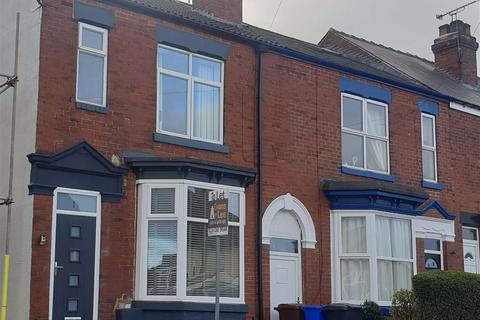 4 bedroom semi-detached house to rent - Moorview Road, Sheffield, S8