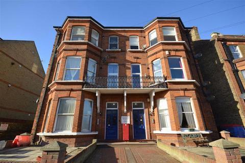 2 bedroom flat for sale - 51 Harold Court, Harold Road, Margate, Kent