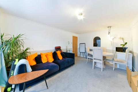 2 bedroom apartment to rent - Susan Constant Court, Canary Wharf, London E14