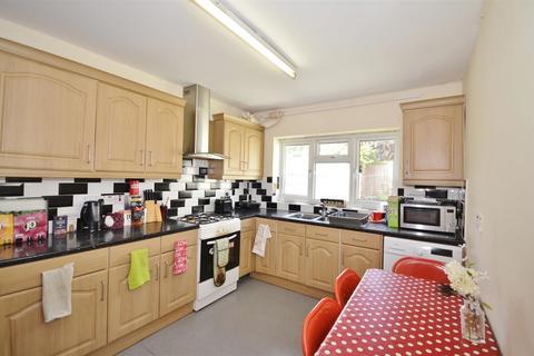 4 bedroom terraced house to rent - Waldegrave Road, Turnpike lane, London, N8