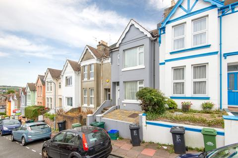 6 bedroom terraced house to rent - Brading Road, Brighton BN2