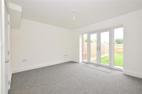 3 bedroom end of terrace house for sale - High Street, Church View, Selsey, Chichester, West Sussex
