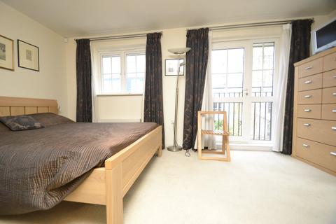 2 bedroom flat to rent - Campbell Road, Bow