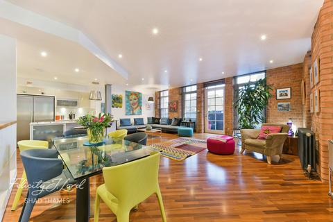 2 bedroom apartment for sale - The Jam Factory, 27 Green Walk, SE1
