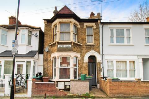 1 bedroom flat for sale - Napier Road, Tottenham, London, N17