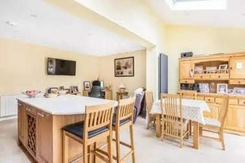 3 bedroom terraced house to rent - Clyde Road, Stanwell