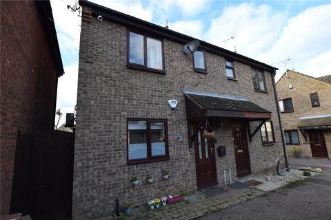 2 bedroom semi-detached house for sale - Hallowell Down, South Woodham Ferrers, Chelmsford, CM3