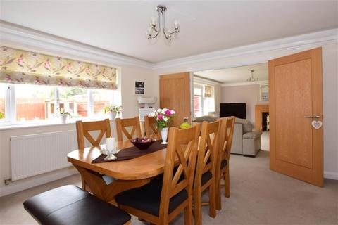 4 bedroom detached house for sale - London Road, Wrotham Heath, Sevenoaks, Kent