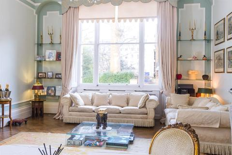 2 bedroom apartment to rent - Gloucester Square, Hyde Park, W2