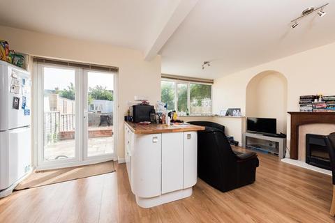 4 bedroom semi-detached house to rent - Benson Road, Headington, OX3 7EH