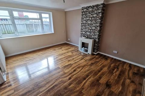 4 bedroom end of terrace house to rent - HARDANE, HULL HU6