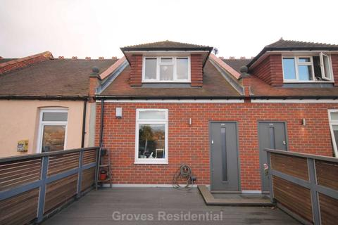2 bedroom flat for sale - Burlington Road, New Malden