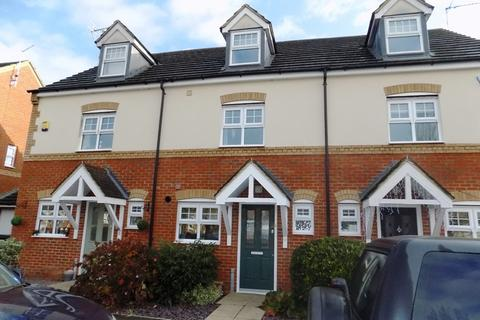 3 bedroom terraced house to rent - Surtees Way, Towcester