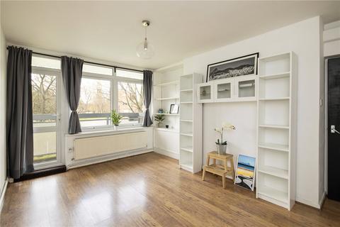 2 bedroom flat for sale - Challice Way, London, SW2