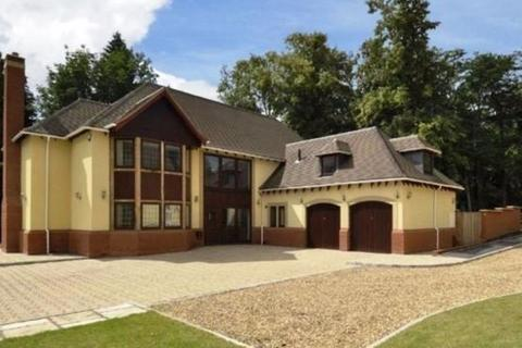 6 bedroom detached house to rent - Tinacre Hill, Wolverhampton