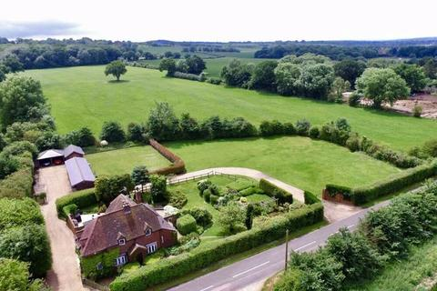 Property for sale - A freehold commercial site set in stunning grounds