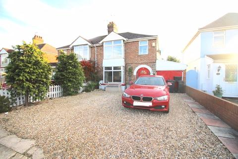 3 bedroom semi-detached house for sale - MUCH IMPROVED 3 BEDROOM SEMI IN UPPER STRATTON