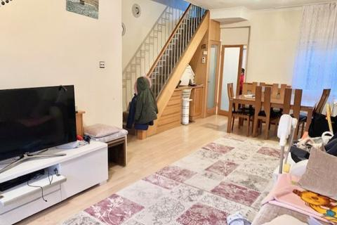 2 bedroom terraced house to rent - Sheldon Road, Edmonton, London N18