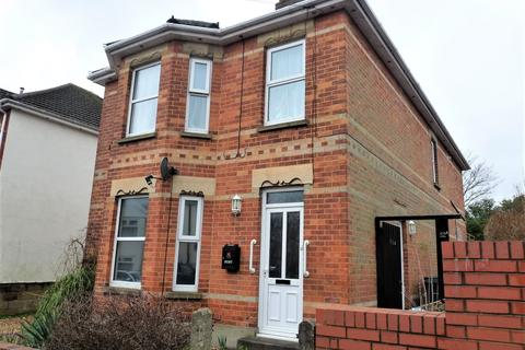 3 bedroom flat to rent - Bemister Road, Winton, Bournemouth
