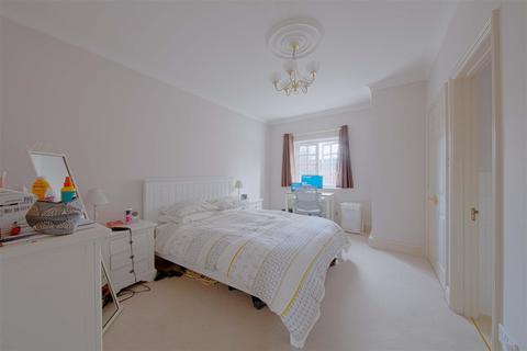 3 bedroom house to rent - Barley Way, Marlow