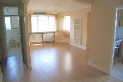 1 bedroom flat - Stamford Court, Goldhawk Road, W6