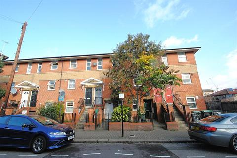 1 bedroom maisonette to rent - Tynemouth Road, London