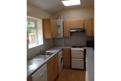 3 bedroom property to rent - 14 Pisgah House RoadBroomhillSheffield
